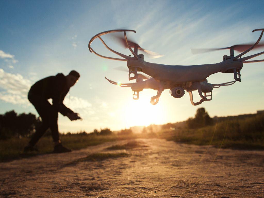 Dronët dhe robotika